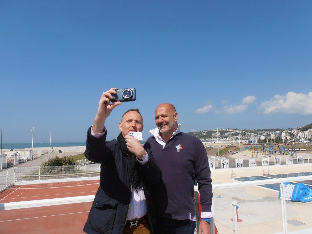 Le top : selfie avec le Président